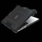 UAG – etui ochronne do MacBook Pro 13″